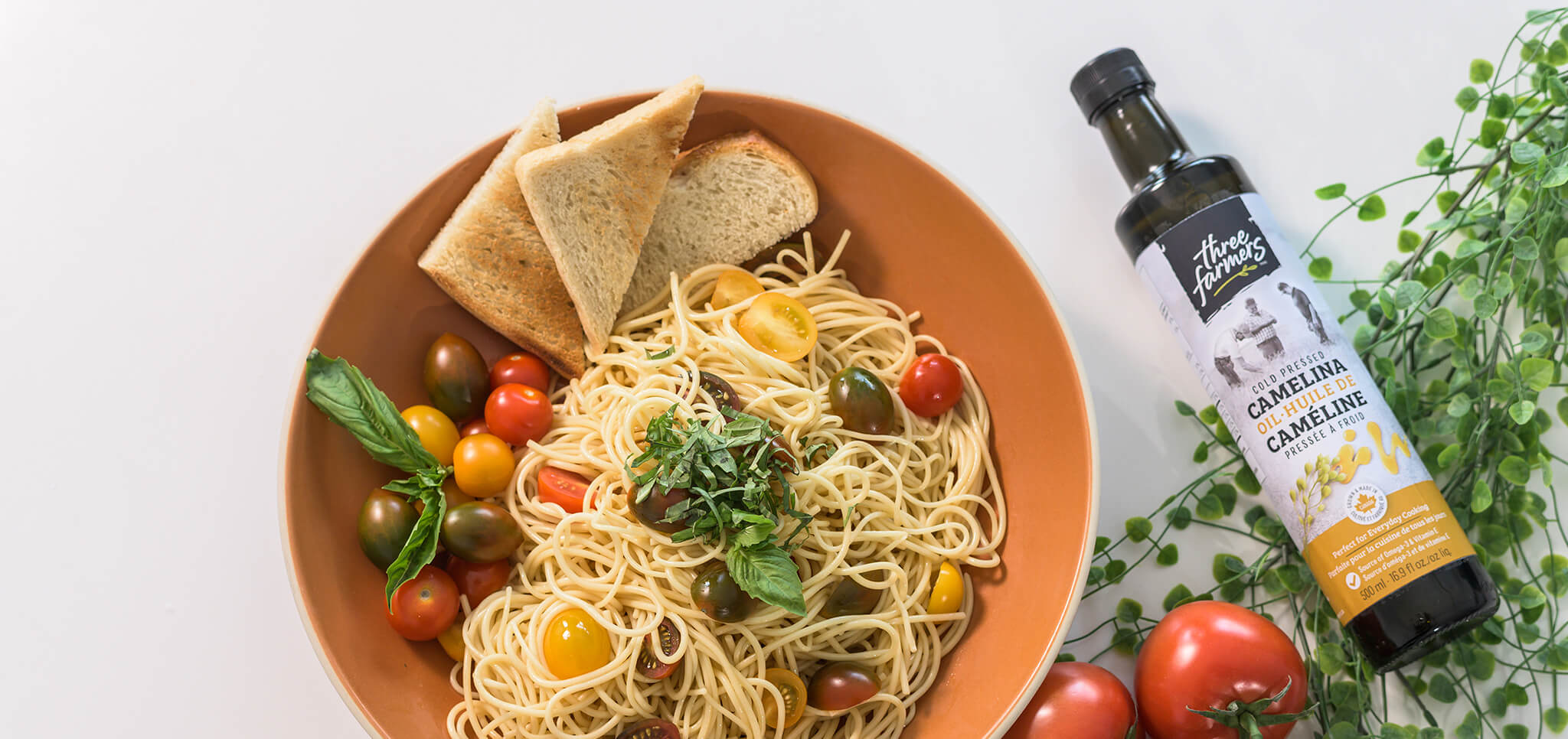 Camelina Oil and pasta bowl